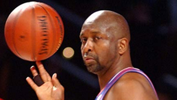 Former NBA superstar Moses Malone dies