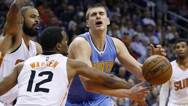 NBA: Orlando piled