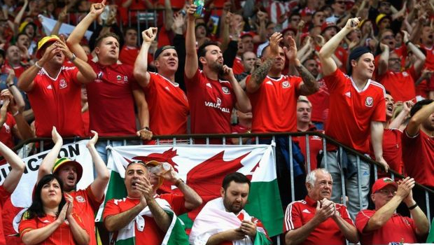 Fans of Welsh