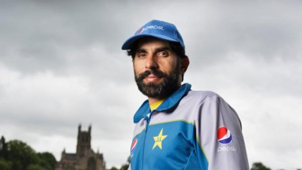 Misba-ul-Haq Pakistan cricket player pleads to bring back international cricket