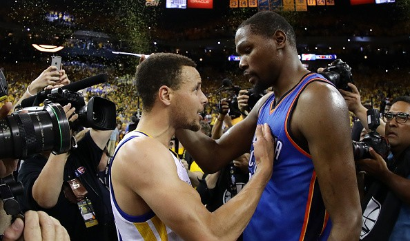 Astonishing basketball warriors and Kevin Durant