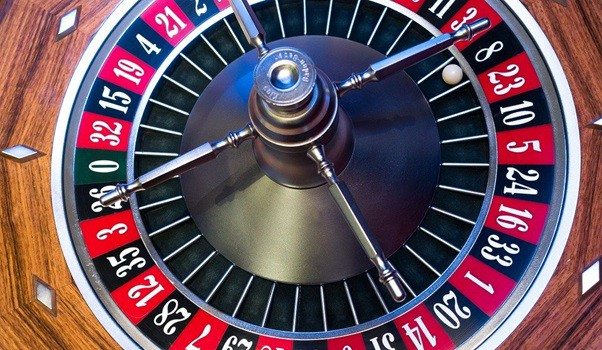 Slots and roulette, the two most popular online games