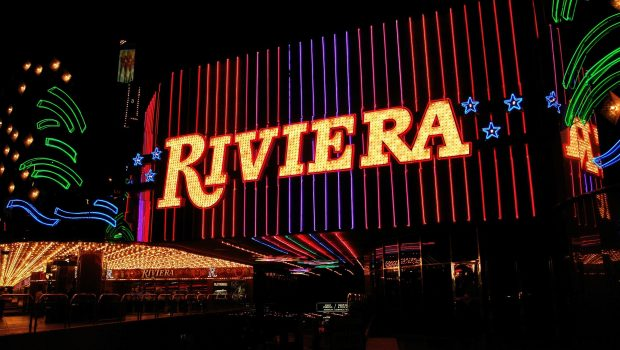 A VIP program is now available on Casino La Riviera!