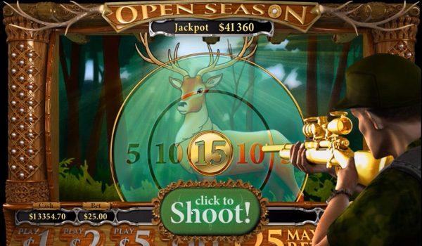 A housewife wins an online jackpot of $315,124
