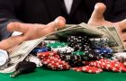 Play all his fortune at the casino, the false good idea of ​​some gamblers