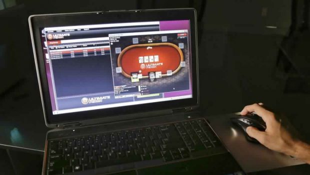 The Absolute Best Method to Use for Online Poker Game