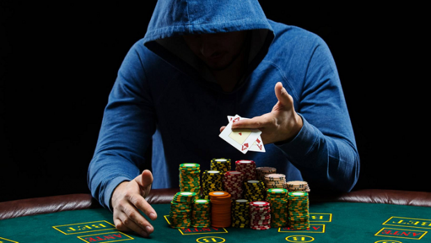 True Three causes to are attempting international Poker today