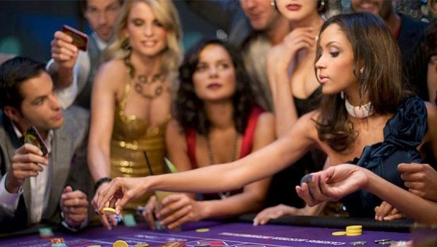 The rise of the female gambler