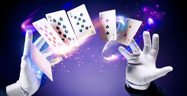Why All Cards Players Should Try Their Hands at Casino Games