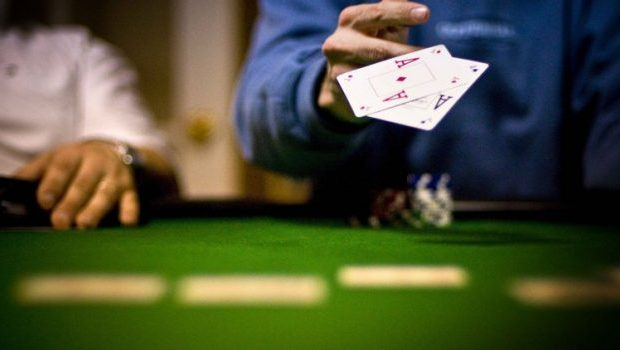 Benefits of enjoying online Poker