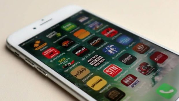 How smartphones changing the online gambling industry