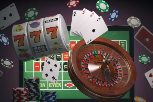 Play Online Casino And Win Big – Become A Poker Superstar