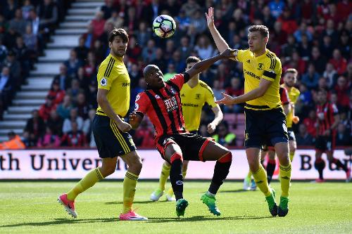 Bournemouth vs Middlesbrough English Football League review